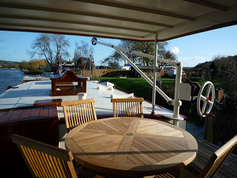 Aft covered sundeck from wheelhouse