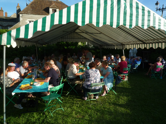 Alfresco French lunch for 60 guests